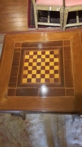 Tavolo da gioco con dama e cassetto primi '900