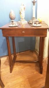 Tavolino primi '800 legno di noce Toscana