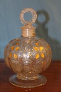 Boccetta in vetro decorata in oro fine '800