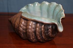 Conchiglia in ceramica argentata anni '50